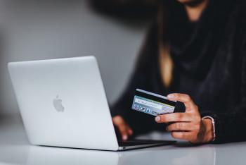 Jak skłonić klientów B2B do korzystania z handlu online?